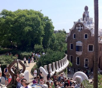 E-bike Tour Gaudi Experience with Park Guell