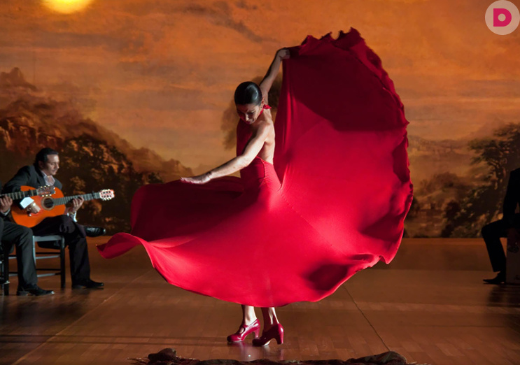 Glam and Flamenco Barcelona Tour