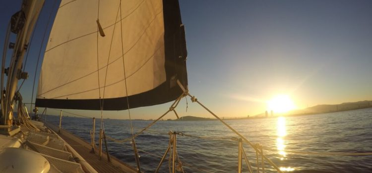 Why take a sailing trip with Sailing Barcelona